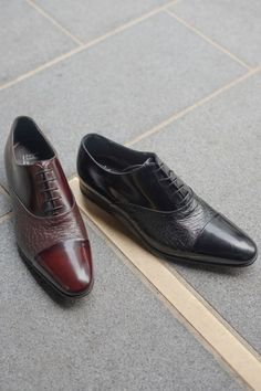 Don't forget about our Moreschi online sale! 30% off exquisite Italian-made footwear. Shop now.  Featured: Moreschi Digione in black or burgundy. Was £430 Now £301 👞 #moreschi #robinsonsshoes New Shoes, Men's Shoes, Dress Shoes, Shoe Horn, Shoe Tree, Italian Shoes, Types Of Shoes, Shop Now, Oxford Shoes