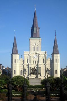 New Orleans - French Quarter & Jackson Square and St. Louis Cathedral