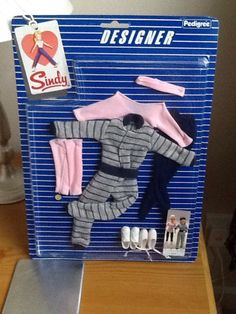 Pedigree Sindy Doll Fashion Keeping Fit 1984 43018 NRFC 16+2.5 We had this one!