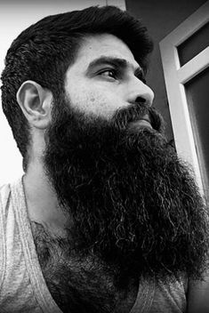Description A girl that loves bearded men Different Beard Styles, Long Beard Styles, Hair And Beard Styles, Long Hair Styles, Beards And Mustaches, Moustaches, Great Beards, Awesome Beards, Hairy Men