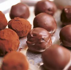 Chocolate Truffles... also VERY GOOD instructions on how to properly temper chocolate