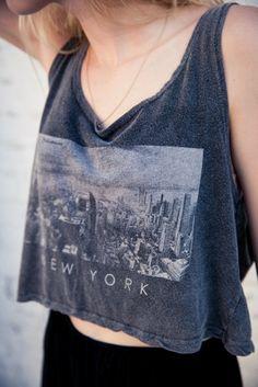 Brandy ♥ Melville   Mirella New York Tank - Graphics