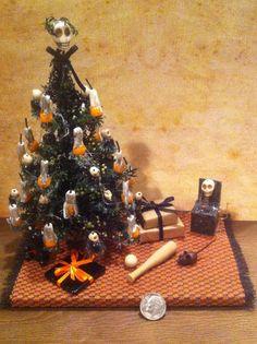 Halloween Red Rhinestone Eyes Skull Candle Haunted Dollhouse Miniatures 1:12