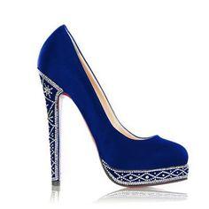 Sapato customizado com strass. #strass #cristais #sapato www.ldicristais.com.br   Perfect Blue Shoes!!