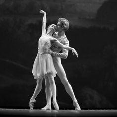 Evgenia Obraztsova inTchaikovsky Pas de Deux. I just love partnering