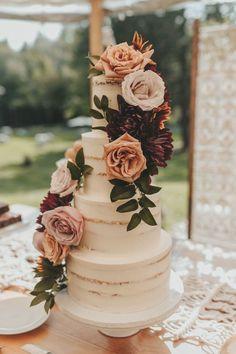 Bodas Boho Chic, Summer Wedding Cakes, Autumn Wedding Cakes, Summer Weddings, Autumn Cake, Floral Wedding Cakes, Colourful Wedding Cake, Spring Wedding, Modern Wedding Cakes