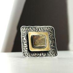 AMBERGALLERY - Sienna - srebrna broszka z bursztynem