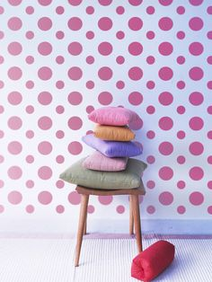 Polka dot wall stencil – Retro wall stencil