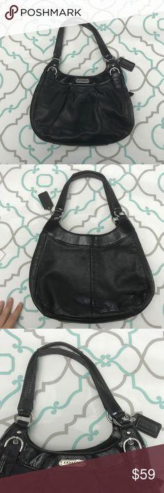 🛍💜 Beautiful Black Coach Purse💜🛍 Medium size Coach Purse. Please see pictures for measurements. Coach Bags Shoulder Bags