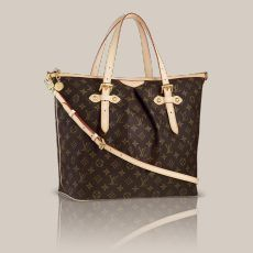 Palermo GM Monogram Canvas Soft pleats. Feminine styling. Large practical space. The Palermo with its long elegant shape is ideal for modern women. The classic Louis Vuitton Monogram canvas makes it look very stylish too.