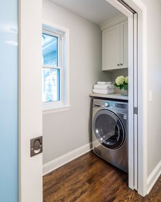 Small Laundry Room Design - Design photos, ideas and inspiration. Amazing gallery of interior design and decorating ideas of Small Laundry Room Design in laundry/mudrooms, kitchens by elite interior designers. Laundry Nook, Tiny Laundry Rooms, Laundry Room Doors, Laundry Room Cabinets, Laundry Room Organization, Laundry Room Design, Laundry In Bathroom, Organization Ideas, Storage Ideas