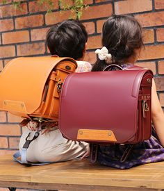 Roucouler Rukule school bag product information Leather Bags Handmade, Leather Craft, Leather Briefcase, Leather Backpack, School Bag Organization, School Bag Essentials, Japanese School Bag, Best Bags, Leather Projects