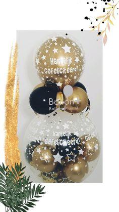 Kadoballon, hartelijk gefeliciteerd in het goud en zwart Erg leuk om zo je geld te geven, bij een feestje Bestel optijd om teleurstelling te voorkomen! Afhaal adres Boeketten.nl, buurtwinkel centrum Galecop Snow Globes, Christmas Bulbs, Holiday Decor, Christmas Light Bulbs