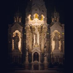 luminacaelum:  Wishing everone a happy feast of the exaltation of the Holy Cross! @ Sts Peter & Paul parish San Francisco, CA