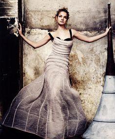 Natalia Vodianova in Atelier Versace | Mario Testino #photography |  British Vogue May 2009