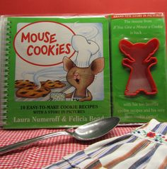 Mouse Cookies 10 Easy-To-Make-Cookie by WillowValleyVintage