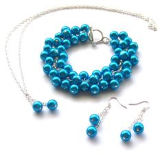 Turquoise Blue Pearl Jewelry Set Cluster Bracelet by beadingshaz, £25.00