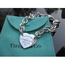 0200b3f43 Tiffany & Co - Return to Tiffany Bracelet Tiffany Bracelets, Heart Bracelet,  Bracelet Watch