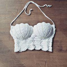 50+ Free Boho Summer Top Crochet Patterns crochet, crochet patterns, crochet patterns free, crochet hair styles, crochet projects, crochet blanket, crochet projects easy, #häkeln #haken #crochetpatterns #knittingpatterns #crochet