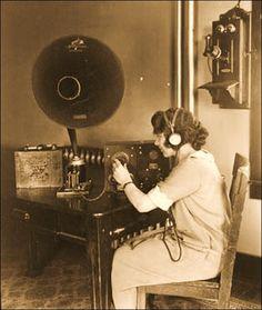 radio005.jpg (500×592)