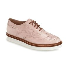Tod's Platform Wingtip Oxford (€615) ❤ liked on Polyvore featuring shoes, oxfords, blush leather, white leather shoes, white wingtip shoes, tods shoes, leather oxfords and white oxford