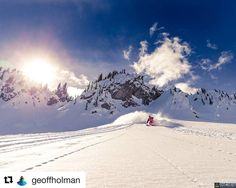 #Repost @geoffholman  Laps in the sun and  fresh pow at @selkirksnowcat with the @catskiingcanada crew @bernunlimited @strafeouterwear @momentskis @icebreaker_ca @arcteryx gloves @backcountryaccess #catskiing #catskiingcanada #snowcatskiing #powder #skiing #snowboarding #explorebc #backcountryskiing www.geoffholman.ca