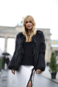 CAUGHT ON THE STREETS IN BERLIN - Look De Pernille
