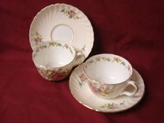 Minton China Dinnerware Lorraine Pattern #S561 Cream Border 2 cup and saucer
