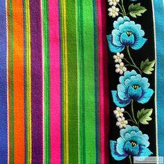 Patterns from Łowicz in central Poland. Image via Na Ludowo on Pakamera. Polish Embroidery, Hungarian Embroidery, Shirt Embroidery, Rose Embroidery, Embroidery Designs, Polish Folk Art, Folk Clothing, Folk Fashion, Folk Costume
