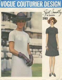 Vintage Vogue Couturier Design Sewing Pattern | Vogue 2103 | Year 1969 | Size 14 | Bust 36 | Waist 27 | Hip 38 | A Sybil Connolly Original