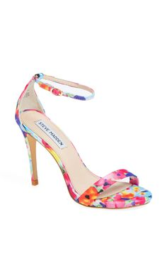The most beautiful strappy sandals. Love the floral print for summer!