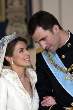 Créditos: Tim Graham/Getty Images A tiara usada no casamento com Felipe de Bourbon foi a mesma que a rainha Sofia usou em seu casamento com o rei Juan Carlos I