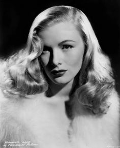 Veronica Lake  It's The Pictures That Got Small ...: THE FRIDAY GLAMOUR 15!