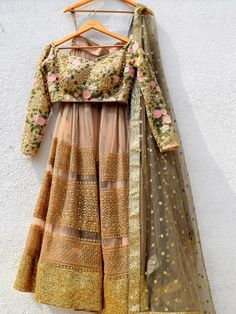 Summer is here and I have a list of the Best Summer Lehengas Under for you. Whether you are a sister of a bride/groom or want a budget lehenga for a bridesmaid shoot, check out fabulous lehengas right here. Floral Lehenga, Gold Lehenga, Brocade Lehenga, Indian Attire, Indian Wear, Indian Dresses, Indian Outfits, Lehenga Wedding, Lehenga Designs