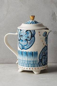 Bonjour French Press in shades of blue is the perfect morning wakeup