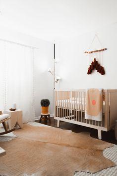 Jen Hartford's Nursery Reveal open boho nursery inspo Boho Nursery, Nursery Neutral, Nursery Decor, Nursery Ideas, Neutral Nurseries, Playroom Decor, Nursery Rugs, Baby Bedroom, Baby Room Decor