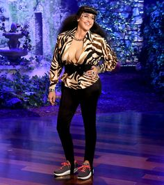 Move over Kim; there's a new Kardashian on the block! Ellen DeGeneres is dressing up as the curvy reality star on today's Halloween episode of The Ellen DeGeneres Show.