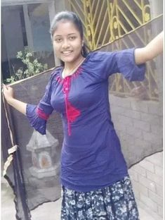 Beautiful indian girl s Beautiful Girl In India, Beautiful Blonde Girl, Beautiful Girl Photo, Beautiful Indian Actress, Beautiful Lips, Dehati Girl Photo, Indian Girls Images, Indian Teen, Indian Girl Bikini
