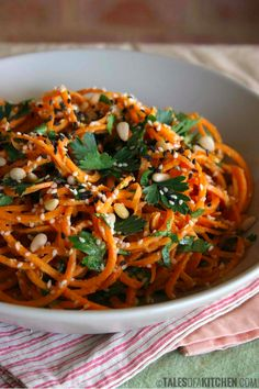 Carrot Noodles With Zesty Garlic Sauce | 12 Light And Delicious Veggie Noodle Recipes