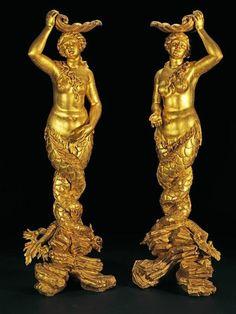 Exceptionnelle paire de torchères aux sirènes. Attribué à Giacomo Filippo Parodi (Gênes, vers 1630-1702). Bois doré. H. 192 cm, diam. 78 cm
