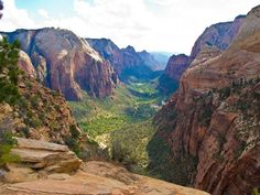 Zion National Park is a unique geologic experience located in southern Utah. If you're planning to visit Zion, we recommend you check out these 7 things. Most Visited National Parks, Us National Parks, Zion National Park, Las Vegas Grand Canyon, Trip To Grand Canyon, Route 66, Nationalparks Usa, Zion Park, Utah Parks