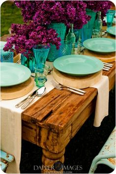 love this color scheme with the rustic table, Lavender with Turquoise place settings lilacs