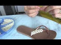 Chinelo decorado - Entrelaçado de pérolas, abs e strass - YouTube