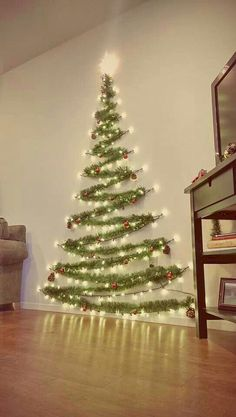 Check christmas diy decorations easy and cheap ideas. You will get to know christmas decorations diy homemade christmas Wall Christmas Tree, Christmas Home, Christmas Crafts, Apartment Christmas, Scandinavian Christmas, Office Christmas, Christmas Background, Holiday Tree, Christmas Wallpaper