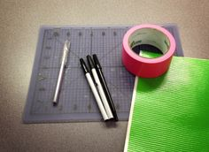 All the supplies needed to make a duct tape flower pen