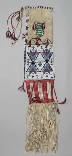 Extra large cheyenne dispatch pouch beaded on parfleche for Cheyenne tribe arts and crafts