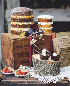Naked Spice Cakes by aster & olive photography | blog.theknot.com