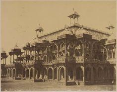 Ffelice Beato - Façade of the Mausoleum of Akbar - Sikandra, Agra c.1857-1858