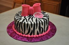 i just said I wanted an animal print cake! this is perfect!