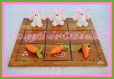 Porcelana fría -Tres en raya conejo Tic Tac Toe, Pasta Flexible, Clay Charms, Paper Mache, Polymer Clay, Rabbit, Creations, Silicone Molds, Ornaments